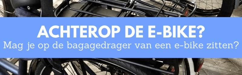 Banner voor achterop elektrische fiets zitten